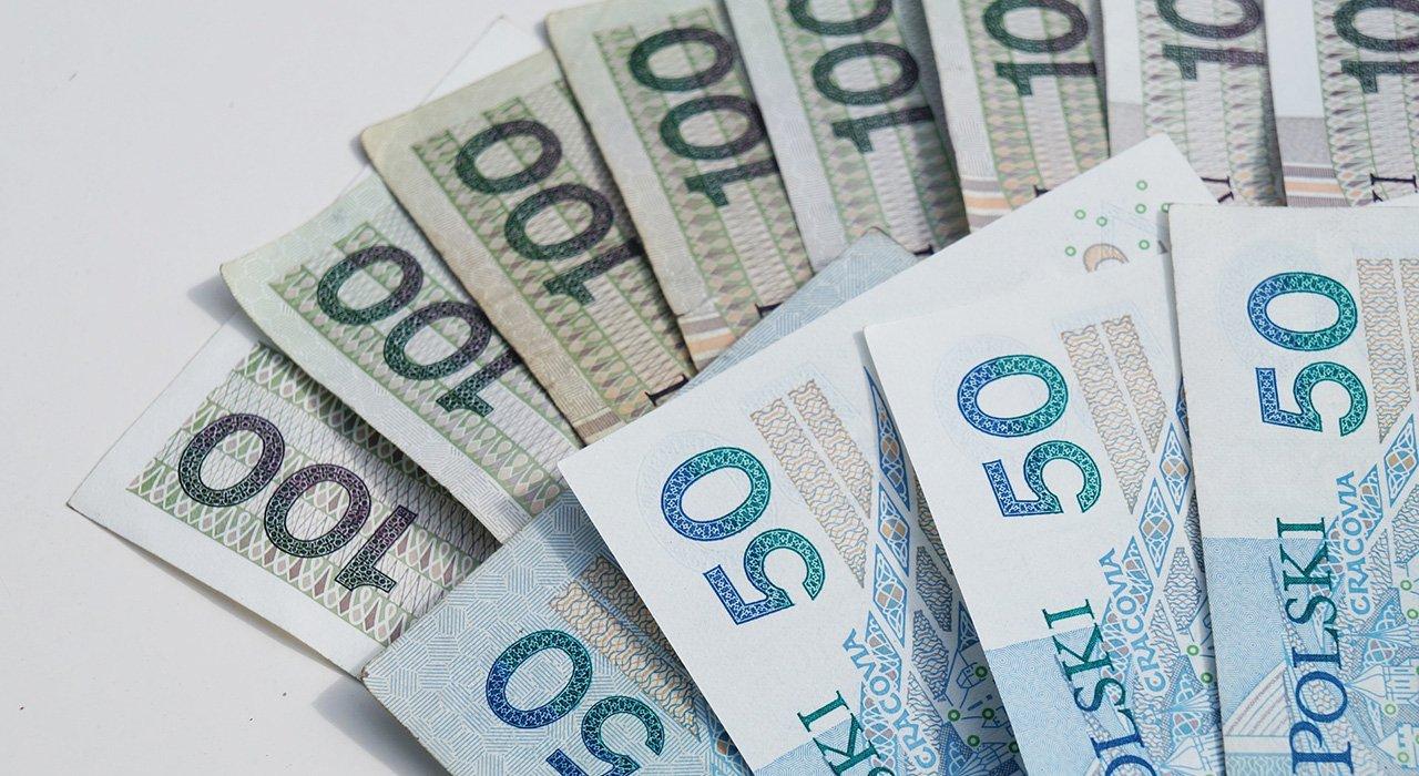 Pożyczki pozabankowe – czy warto je brać?