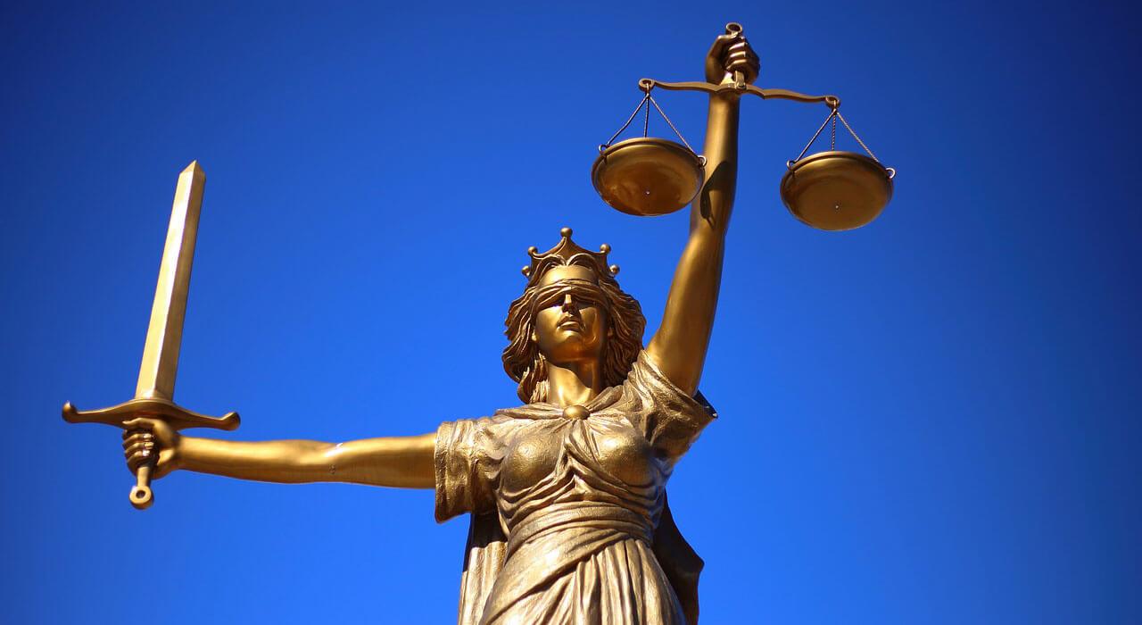 Co zrobić, gdy otrzymujemy wezwanie na rozprawę sądową (zawiadomienie o terminie rozprawy)?