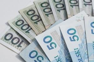 Jakie są zalety i wady pożyczek od parabanków?
